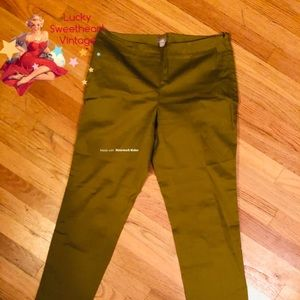 Pants - J. Jill cropped stretchy-trousers in Olive Green